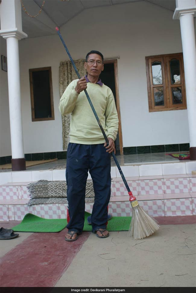 Meet 58-Year-Old Man From Manipur Who Is Using Plastic Waste To Make Brooms