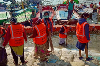 Kumbh Mela 2019: Swachhta Doot Go Extra Mile To Ensure Cleanliness In The Mela Premise