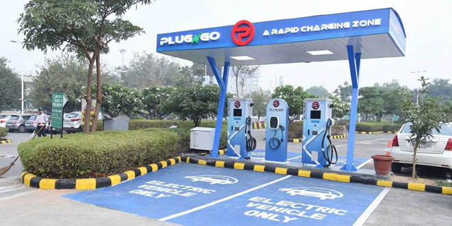 Electric Vehicles: Government To Setup Charging Stations At Every 25 Km By 2030