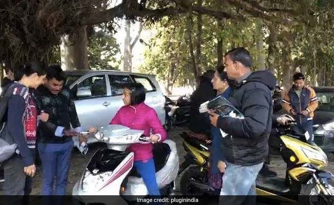 Delhi To Mussoorie: Electric Vehicle Enthusiasts Educate People About E-Mobility, Install Charging Points