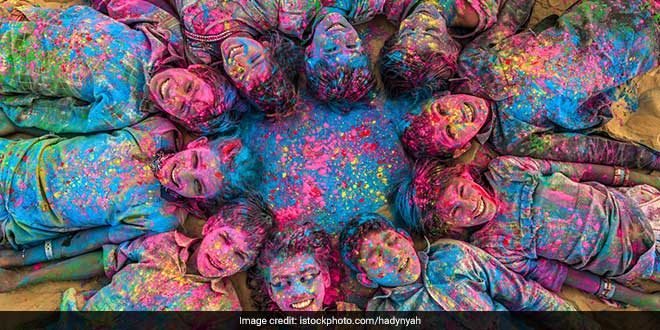 Go Green: Five Ways To Host An Eco-friendly Holi Bash