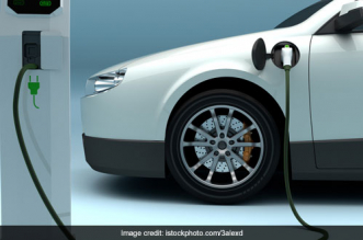 Push For Electric Vehicles: 131 EV Charging Stations To Be Installed In Delhi Within The Next Three Months