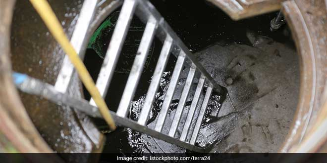 801 Workers Died Cleaning Sewers In Country Since 1993, Says National Commission for Safai Karamcharis