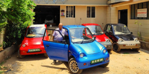 Meet 63-Year-Old Mr. Lobo, Owner Of 10 Electric Cars, Who Is Promoting The Use Of Electric Vehicles Since 18 Years