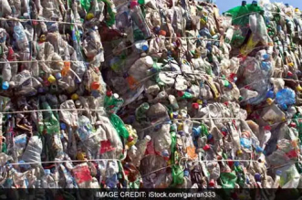 Researchers Turn Plastic Waste Into Jet Fuel