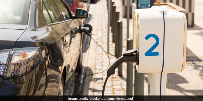 Electric Vehicles May Not Need To Pay Registration Fees Soon, Thanks To The New Government Proposal
