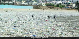 Juhu Beach Turns Into A Sea Of Garbage, Courtesy Mumbai Rains