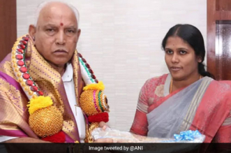 Bengaluru Mayor Pays Fine For Using Banned Plastic For Wrapping Chief Minister B S Yediyurappa's Gift