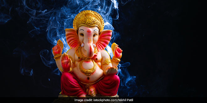 In Maharashtra's Latur Devotees Donate Ganpati Idols To District Administration For Recycling