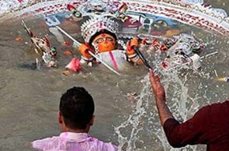 Activists Flag Concern Over Insufficient Artificial Ponds For Idol Immersion