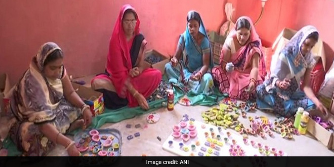 Raipur Women Make Eco-Friendly Diyas From Cow Dung To Celebrate Clean, Green Diwali