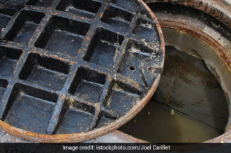 Delhi Chief Minister Arvind Kejriwal Announces Free Septic Tank Cleaning Scheme