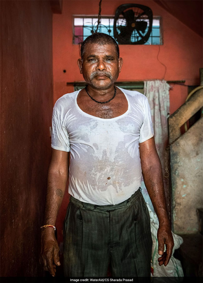 WaterAid India's Photo Exhibition Dives Into The Hidden World Of Sanitation Workers