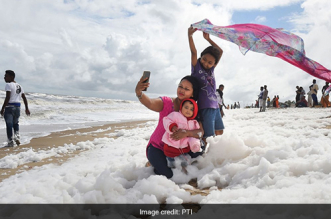 Toxic Froth At Chennai's Marina Beach, Even As Experts Voice Concern Visitors 'Enjoy' The View