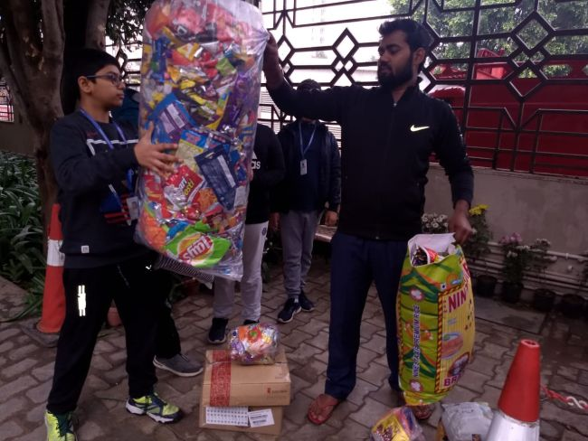 These Young Students From Gurugram Saved 14,000 Plastic Wrappers From Ending Up In Landfills, Here's How