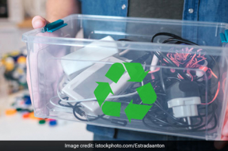 Dump Responsibly! A Quick Guide On How To Dispose of Your E-waste Safely