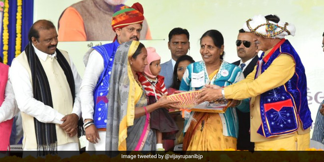 For A Malnutrition-Free Gujarat, State's Chief Minister Vijay Rupani Launched The Two-Year Nutrition Campaign