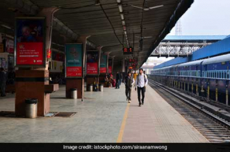 Economic Survey 2019-20: Indian Railways Installs Plastic Bottle Crushing Machines, Bio Toilets And Dustbins To Improve Cleanliness