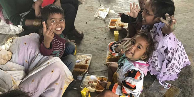 Supreme Court Imposes Rs. 5 Lakh Fine On Several States For Not Filing Responses On Setting Up Of Community Kitchens