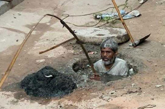 Manual Scavenging: 376 Die In 5 Years, Only Half Of The Families Given Compensation, Minister Informs Lok Sabha