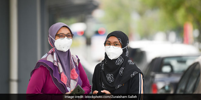Coronavirus Scare: Demand For Masks, Sanitisers Shoot Up, Shortage At Stores