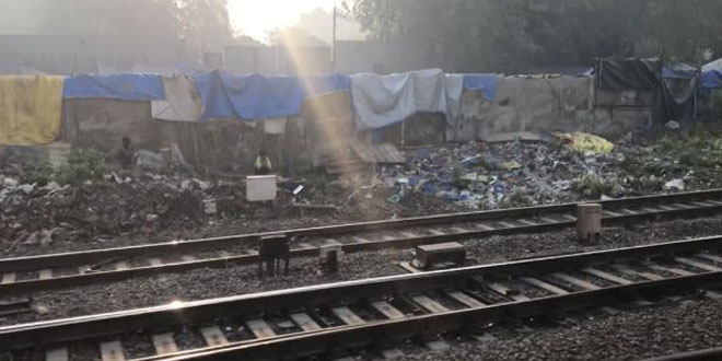 Supreme Court Takes Note Of Plastics Lying On Both Sides Of Railway Lines In Outer Delhi