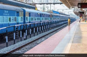 Indian Railways Manufactured 1.91 Lakh PPE Gowns, 66.4 Kl Sanitiser, 7.33 Lakh Masks Till June 24