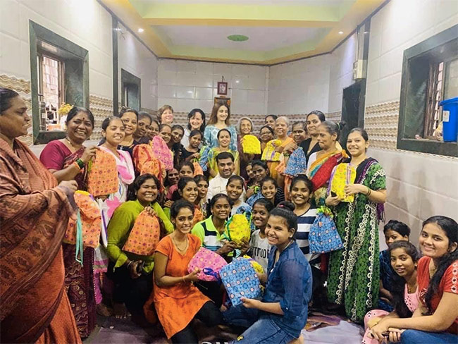 Menstrual Hygiene Day 2020: This NGO Is Teaching People To Produce Reusable Sanitary Kits, Breaking Taboo Around Menstruation