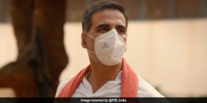 Actor Akshay Kumar Urges People To Move On With Life, Fight Coronavirus With Precautions