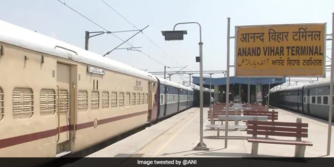 Indian Railways Deploys 960 COVID Care Coaches In Five States