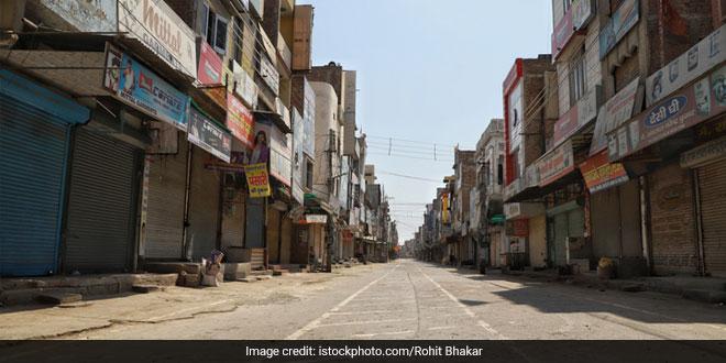 Uttar Pradesh Government Orders Lockdown On Every Weekend Amidst COVID-19 Spread
