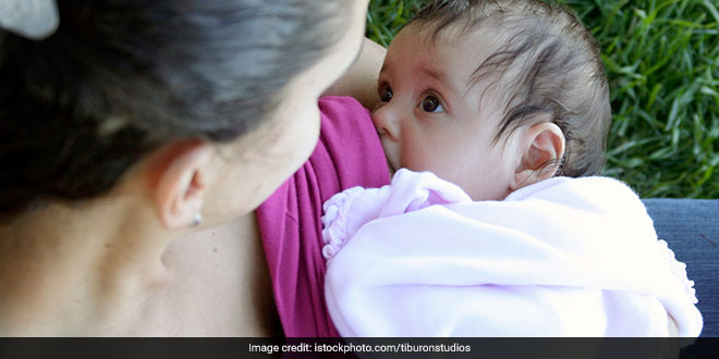 Breastfeeding Week Special: Mothers Should Continue To Breastfeed Even If They Are COVID-19 Positive, Experts Say It Is 'Safe'