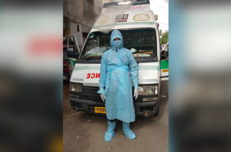 COVID Fighters: This 42-Year-Old Ambulance Driver In Hyderabad Resumes Duty Within A Week Of Recovering From Coronavirus