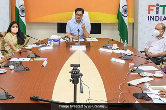 Union Minister Kiren Rijiju Calls Upon Celebrities, Corporates, Athletes To Revolutionise Fit India Movement