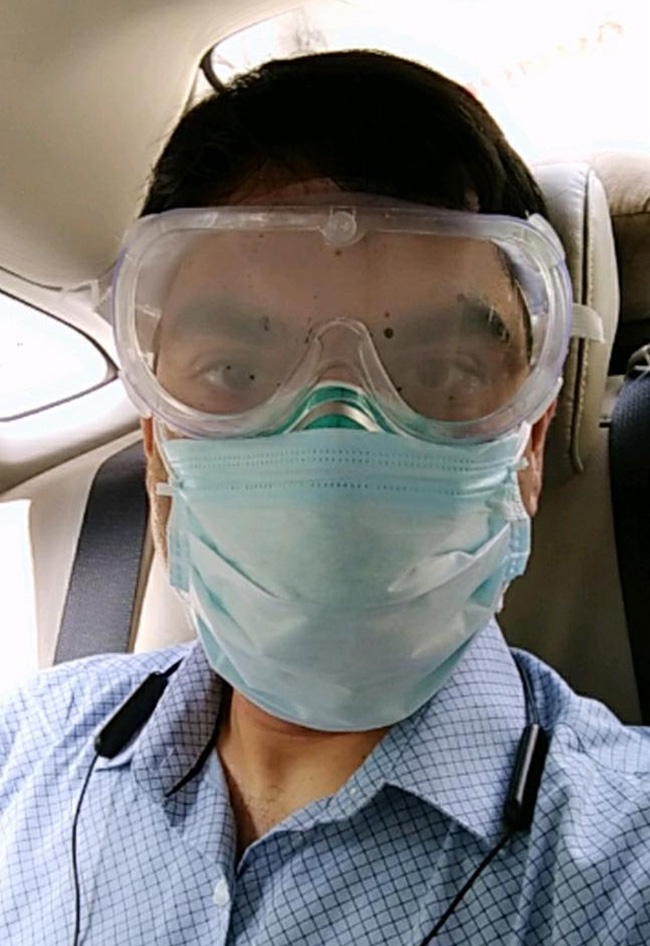 40-year-old COVID Warrior From Kolkata Believes We Can Win COVID-19 Battle By Taking Precautions