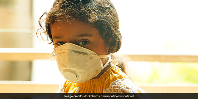 Surat Couple Stitches Free Masks For Underprivileged From Leftover Fabrics