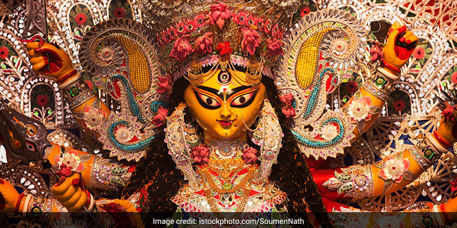 Goddess Durga Crowns Healthcare Worker: Durga Puja Pandal In West Bengal Salutes COVID Warriors