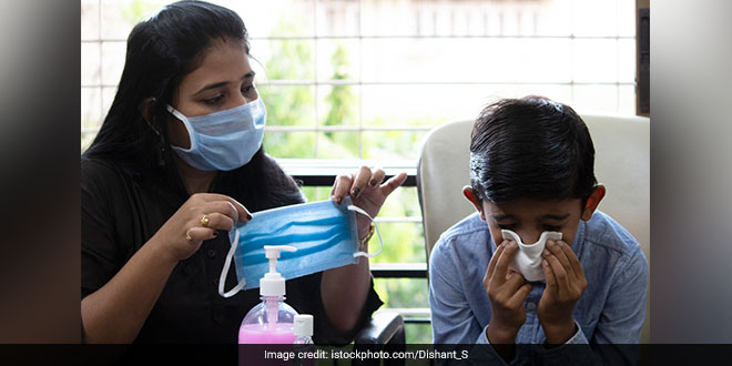 Spell Of Heavy Smog In Indian Capital Raises Fears For COVID-19 Patients