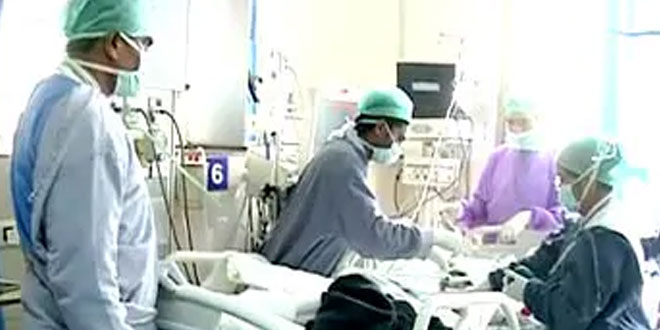 ICU Beds Full As COVID Surges In Indian Capital, Weekend Festival A Worry