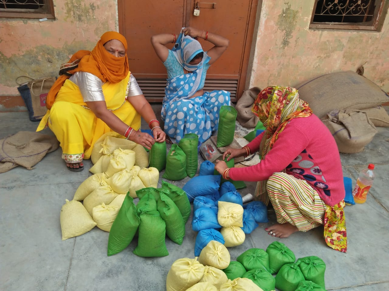 Uttar Pradesh Government Fights Malnutrition In State By Involving 68,000 Self-Help Women Groups, Gives Them The Duty Of Providing Take Home Ration