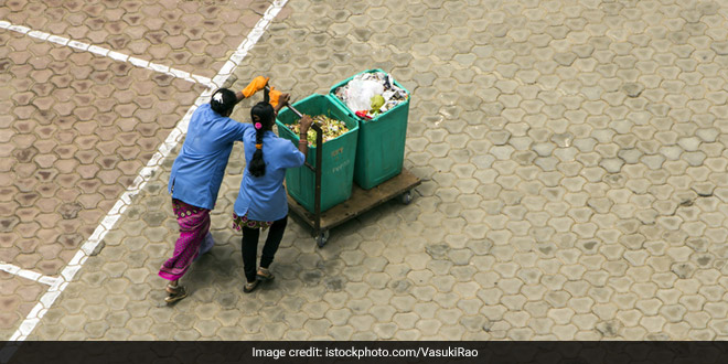 Sanitation Workers To Receive COVID Vaccine In Karnataka's Kalaburagi In The First Phase Of Vaccination Drive