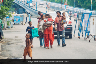 West Bengal Plans To Feed Nutritious Meals To Underprivileged In The State At Just Rs 5