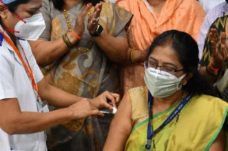 Expedite COVID-19 Vaccination Of Health Care And Front Line Workers: Centre Directs Five States