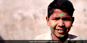 Holi 2021: Experts Recommend Against Celebrating Holi During COVID-19, Call To Stay Home