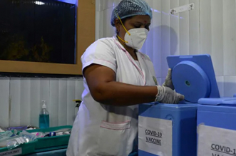 India Pushes Ahead With Coronavirus Vaccination Drive To Head Off New Surge