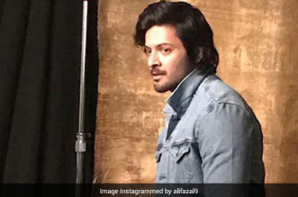 Ali Fazal Joins Hands With Medical Experts To Conduct Sessions On Mental Health