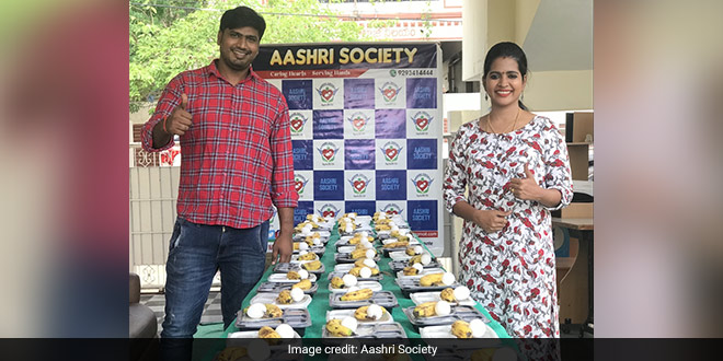 Aashri Society has been working for the poor, helping them with their daily meals for the last 10 years.