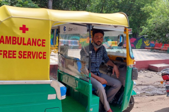 COVID Warrior From Bhopal Converts His Auto-Rickshaw Into Ambulance, Sells Wife's Jewellery To Help People