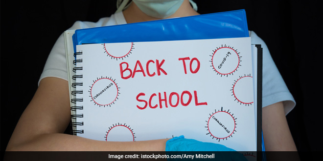 Experts Call To Prioritise Reopening Of Schools, Stress On COVID Protocols And Vaccination