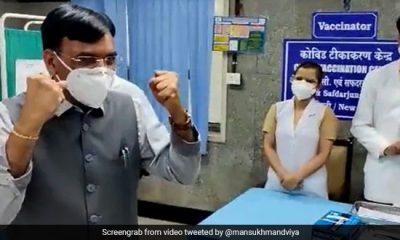 COVID टीकाकरण: भारत 1 अरब आबादी को वैक्सीनेट करने कीर्तिमान के करीब